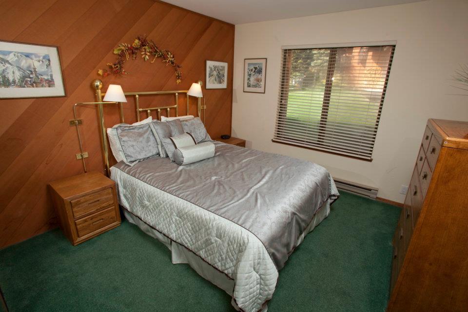 2nd Bedroom / Guest Room